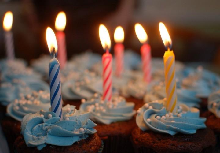 Happy Birthday – Mijn dochter in twaalf foto's