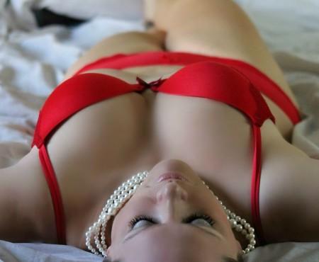 Negen slaapkamerdingen die je man stiekem leuk vindt