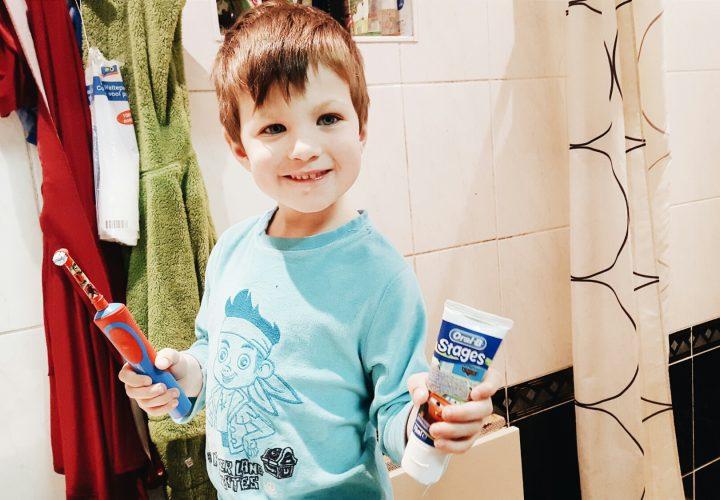 Gids voor de correcte tandverzorging naar leeftijd