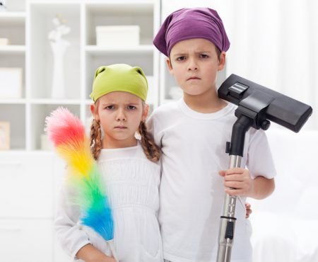 6 manieren om je kinderen te laten schoonmaken zodat ze het nog leuk vinden ook