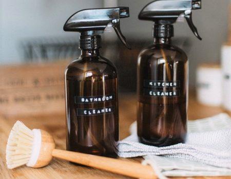Deze (groene) schoonmaakproducten mogen in geen enkel keukenkastje ontbreken!