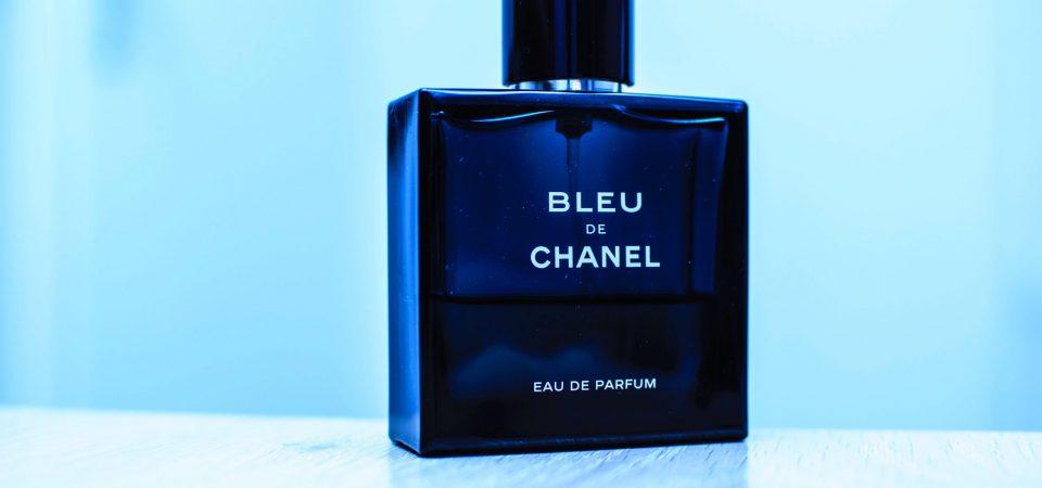 Een parfum avond is hop en hip: 3 tips voor een geurige avond